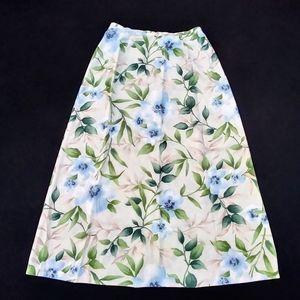 Jaclyn Smith Blue Flower Skirt